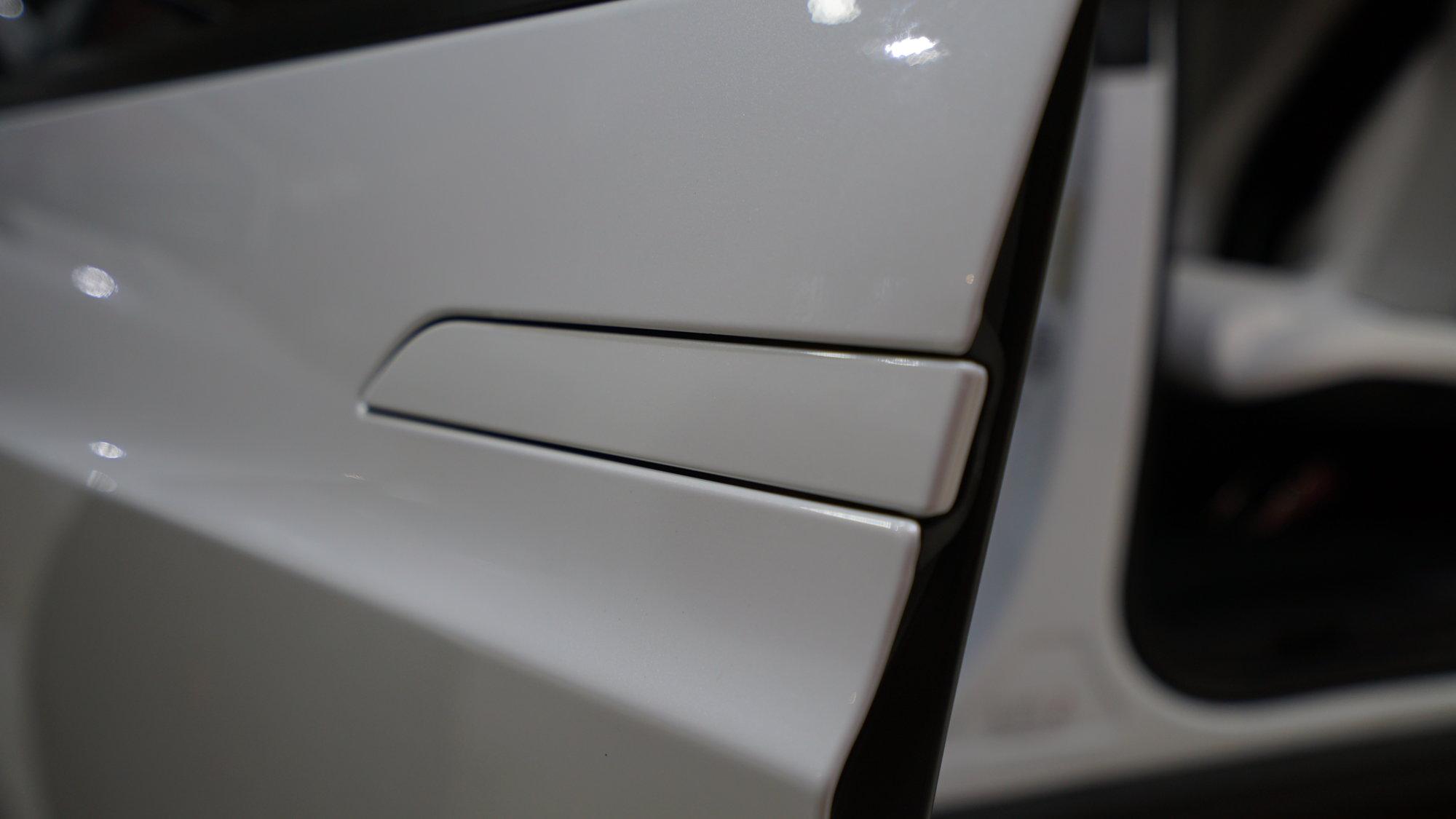 Tesla - Vinyl Wrap Films / Chrome Deletion - EVS Motors Inc